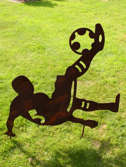 Gartendekoration Fussballer Fallrückzieher