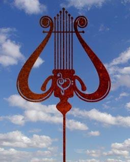 Gartenskulptur Antike Harfe Rost
