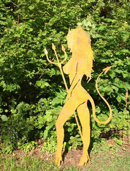 Gartendekoration Teufelin Luci groß